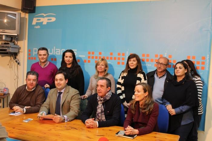 19-02-2016: Reunión Paco Núñez y Carmen Navarro con el PP de Hellín.
