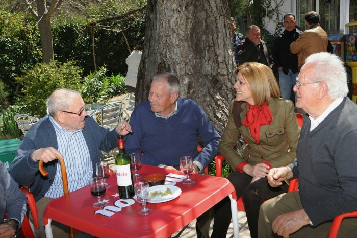 07-04-2016: Cospedal, en un momento de su visita a los municipios de la Sierra de Albacete.