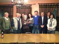 05-03-2014: Vicente Aroca y Carlota Romero en la reunión de trabajo mantenida con el PP de Alcadozo de cara a las elecciones europeas.