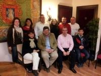 """26-02-2013: El senador Antonio Serrano ha abogado, en una reunión con el PP de La Roda, por las políticas llevadas a cabo por Rajoy y Cospedal, porque """"estas medidas son las que España necesitaba para devolver la confianza a nuestro país""""."""