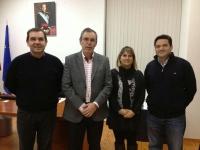 26-02-2013: El senador Vicente Aroca, en una reunión de trabajo con el Partido Popular de Elche de la Sierra, donde han defendido las políticas llevadas a cabo por el Gobierno central y regional.