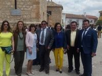 16-05-2016: La diputada nacional del PP, Carmen Navarro, junto con el diputado provincial Oscar Tomás, arroparon al equipo de gobierno de Casas de Juan Núñez en las fiestas locales.