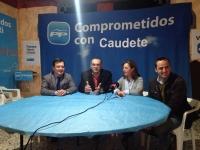 01-12-2015: Francisco Molinero y Fermín Gómez, candidatos al Congreso, informaron del programa electoral en Caudete.