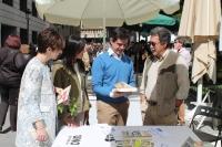 23-04-2015: Javier Cuenca ha visitado los distintos espacios en los que se está celebrando el Día del Libro en la capital albaceteña.