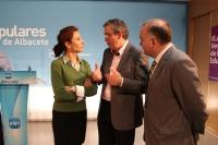 22-02-2013: La consejera de Fomento, Marta García de la Calzada, con el senador y alcalde de La Roda, Vicente Aroca, y el vicepresidente de la Diputación Provincial de Albacete y concejal de La Roda, Constantino Berruga.