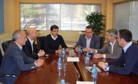 30-04-2015: Javier Cuenca se reúne con Adeca.