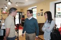 23-04-2015: Javier Cuenca visita el barrio Pajarita.