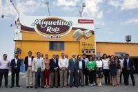 19-07-2013: Francisco Núñez y el Grupo Territorial de Senadores del PP-CLM se han desplazado al municipio de La Roda para visitar la empresa Productos Ruiz, tras la reunión de trabajo que han mantenido en la sede del PP de Albacete, sobre agricultura.