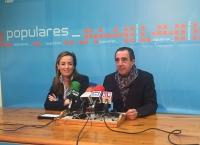 29-01-2016: La diputada nacional por Albacete, Carmen Navarro, defendió en Hellín la gestión de los gobiernos del PP para sacar a España de la recesión económica.