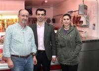 12-03-2015: Javier Cuenca visita el barrio de la Feria.