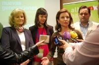 23-03-2013: Marta García de la Calzada, Carmen Bayod, Francisco Núñez y María Delicado durante la atención a medios en el X Congreso Provincial de NNGG.