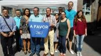 21-06-2016: Vicente Aroca, en la mesa informativa instalada en Hellín.