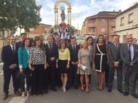 27-09-2015: Numerosos cargos públicos del PP acompañaron a los concejales de Hellin en el inicio de la Feria en honor de la Virgen del Rosario.