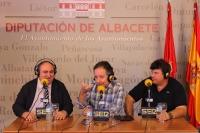 14-09-2012: El secretario general del PP-CLM, Vicente Tirado, y el coordinador de Organización del PP-CLM, Antonio Serrano, en el stand de la Diputación, promocionando la feria taurina de Albacete.