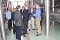 08-04-2014: Visita de los senadores del PP a Bodegas Lozano de Villarrobledo.