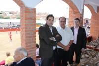 24-09-2014: El presidente del PP, Francisco Núñez, en las fiestas patronales de Munera, junto al alcalde Pedro Pablo Sánchez y el diputado provincial, Abelardo Gálvez.
