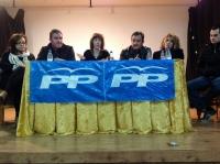 """25-02-2013: La diputada nacional Irene Moreno, en una reunión de trabajo con el Partido Popular de Minaya, donde han apoyado las medidas del Gobierno central y regional por ser """"las que nos van a sacar de la crisis""""."""