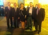 08-10-2012: Pablo Escobar, alcalde de La Herrera, Cesárea Arnedo, alcaldesa de Alpera, Oscar Tomás, de Higuruela, y Sinforiano Montes, de Montealegre, en las fiestas de Bonete, con su alcalde, Alejandro Morcillo.