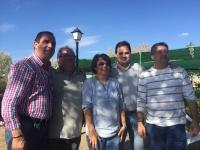10-10-2015: El presidente del PP, Paco Núñez, junto con los portavoces del PP en Hellín y Villaverde de Guadalimar, asistieron a la comida popular de las fiestas de La Herrera.