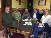 20-02-2014: Los Diputados Provinciales Juan Marcos Molina e Isabel Serrano junto con la Diputada Nacional Maravillas Falcón se reúnen con los vecinos de El Robledo.