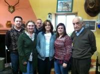 07-03-2013: La diputada nacional Maravillas Falcón en una reunión de trabajo en Peñascosa.