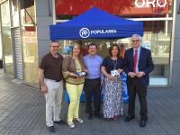 23-06-2016: Los candidatos del PP participaron en la mesa informativa de la Plaza Mayor de Albacete.