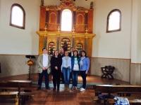 25-04-2015: Los parlamentarios Dimas Cuevas, Pablo Escobar y la alcaldesa de Alcaraz, Lourdes Cano, acompañan a la candidata de Povedilla, Conchi Pérez, en la romería de San Marcos celebrada este sábado.