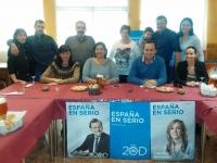 13-12-2015: Fermín Gómez y Cesárea Arnedo, con los simpatizantes del PP en Socovos.