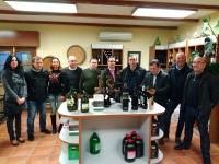 02-12-2015: El cabeza de lista al Senado, Vicente Aroca, junto a Francisco Molinero, visita la Cooperativa de Tobarra.