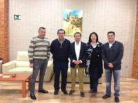 03-04-2014: El diputado regional Antonio Martínez en una de las reuniones que los cargos del PP de Albacete están haciendo por toda la provincia. Ésta, concretamente, en Elche de la Sierra.