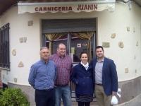 16-04-2014: El diputado provincial Juan Gómez ha visitado Pozo Cañada en compañía de la alcaldesa del municipio y el alcalde de Higueruela.