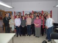 04-04-2014: El diputado provincial de Cultura, Fermín Gómez, con el Club de Lectura de Mahora.