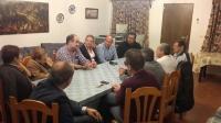 21-10-2015: El diputado provincial Valentín Bueno se reunió con los afiliados del PP en Ossa de Montiel de cara a las elecciones generales de diciembre y conocer de primera mano los asuntos locales.