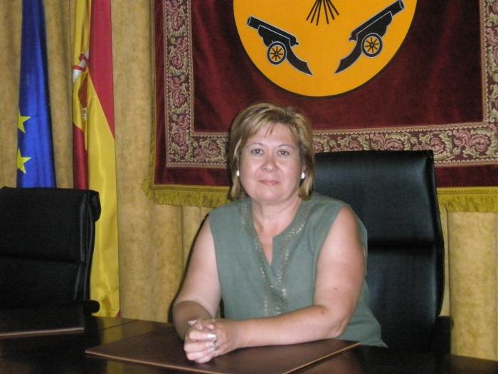 Amparo Núñez, portavoz del PP en el Ayuntamiento de Pozohondo.