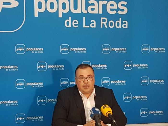 Bernardo Ortega, en la sede del PP de La Roda.
