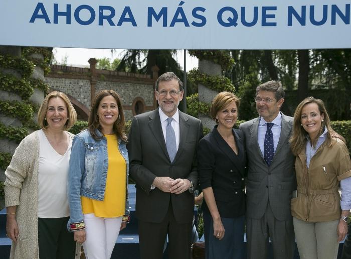 Rajoy y Cospedal, junto con los cabezas de lista de Castilla-La Mancha.