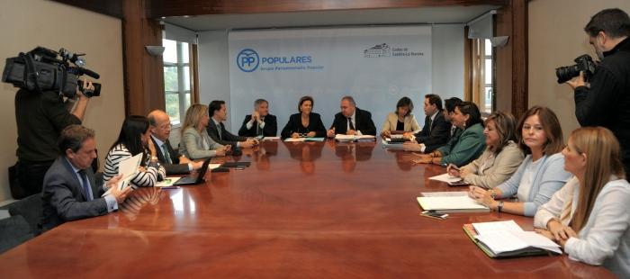 Reunión de Cospedal con el Grupo Parlamentario Popular.