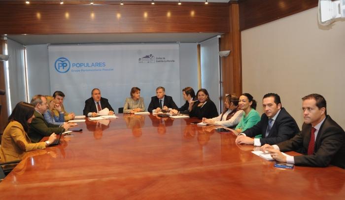 Reunión de Cospedal con el Grupo Parlamentario del PP en las Cortes de Castilla-La Mancha.