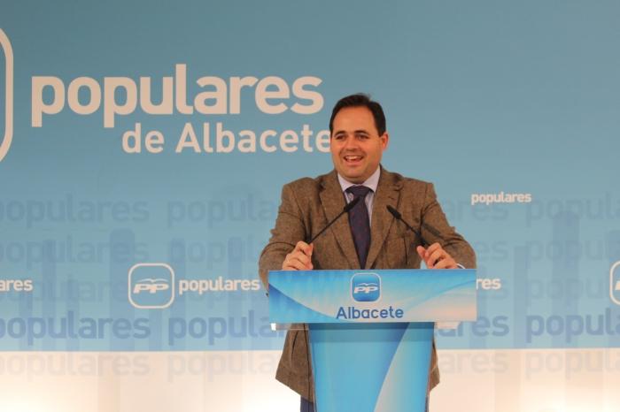 Francisco Núñez, en rueda de prensa en la sede provincial.