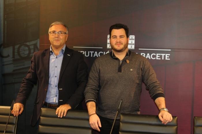 Juan Gómez y Oscar Tomás, en rueda de prensa.