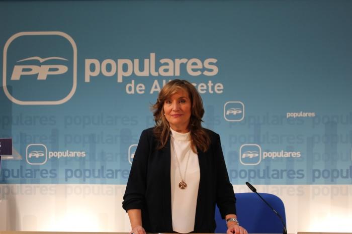 La senadora Rosario Rodríguez, en la sede del PP de Albacete.