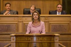 Formula cinco grandes objetivos de Gobierno: la creación de empleo, la reducción del gasto público, la bajada de impuestos, la mejora de la calidad de vida de los castellano-manchegos y la regeneración democrática de las instituciones regionales