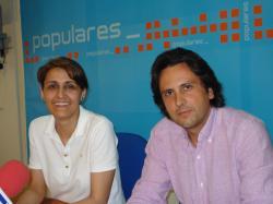 Sonia Martínez y Pedro Martínez, de la comisión de Industria del PP.