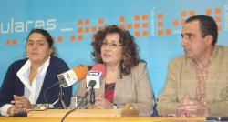 Cesárea Arnedo, Carmen Riolobos y Manuel Mínguez.