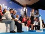 En la firma, la candidata a la presidencia de la Junta, Mª Dolores de Cospedal.