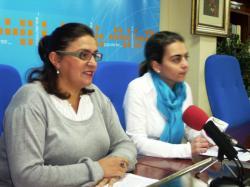 Cesárea Arnedo y Carmen Belén Torres, en Villarrobledo.