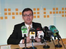 Barreda no ha cumplido con su responsabilidad de supervisión que ahora tiene que asumir el Banco de España y Moltó junto a su equipo han sido cesados por su ineficaz gestión.