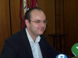A la Alcaldesa solo le queda el apoyo de Paco Pardo y Agustín Moreno