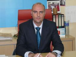 El orgullo de la Alcaldesa nos cuesta 6 millones de euros a todos los albaceteños. En Enero de 2004 el PSOE pidió que el aeropuerto se financiara por el Estado.