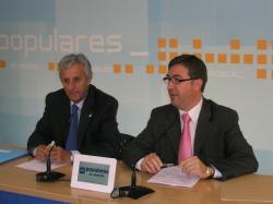 Sixto González y Marcial Marín, en la sede provincial del PP.